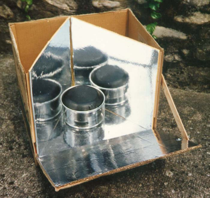 ... The Parvati Solar Cooker English, French