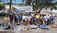 Conference participants demonstrated several types of solar cookers to the general public.