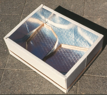 The Collapsible Solar Box Cooker